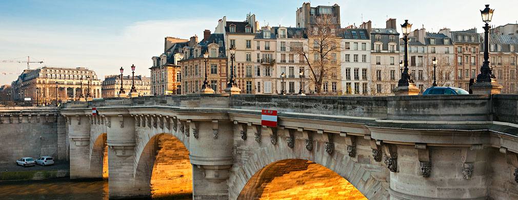 Summer Study Abroad in Paris - Western New England University